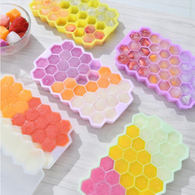 Ice-Cube-Molds Ice-Tray-To-Make Silicone Honeycomb Household Free with Lid Food-Supplement-Box
