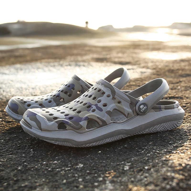 新しい夏のゼリーの靴男性ビーチサンダルスリッパ男性のフリップは、ライト sandalias 屋外夏 chanclas 格安男性のサンダル