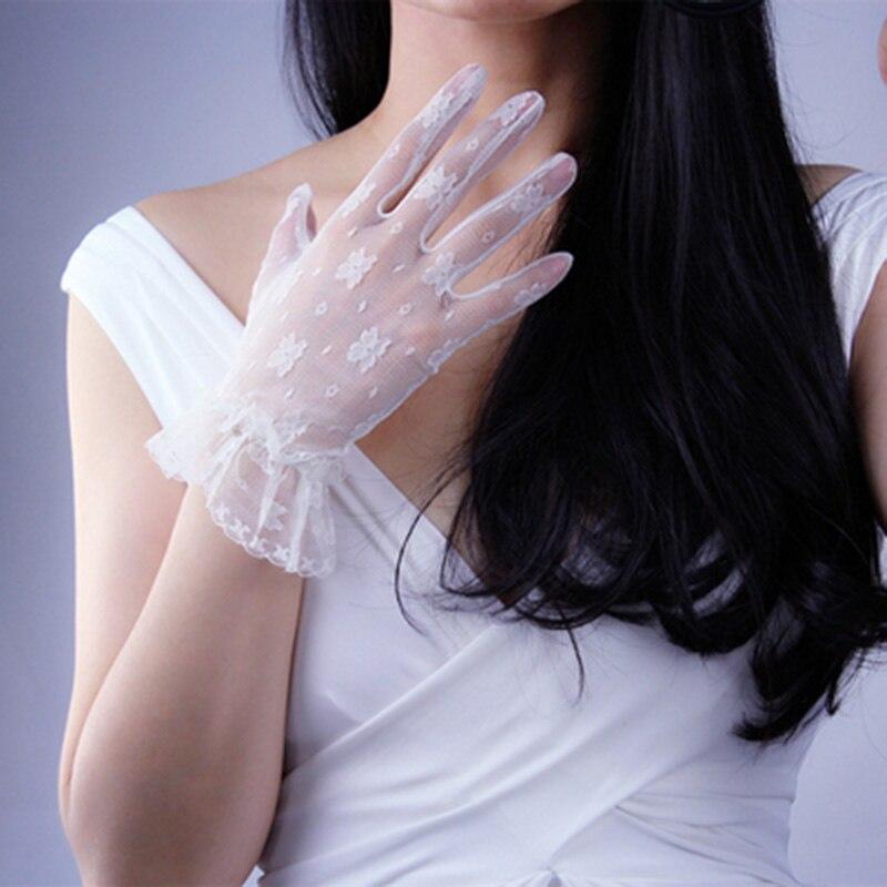 Summer Women Thin Mesh Short Sunscreen Driving Gloves  Female  Full Finger Non-slip Cycling Gloves Anti-UV Sexy Lace Gloves K21