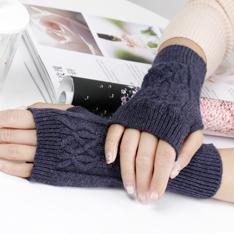 2019 Fine Soft Wool Thick Mitt Exposed Finger Women Cable Gloves Winter Autumn Knitted For Women Fingerless Gloves Wrist Mittens