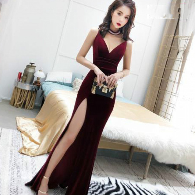 Female 2020 Fashion Sexy Aura Sling Queen Temperament Red   V-neck Office Lady  Polyester  Sleeveless 1