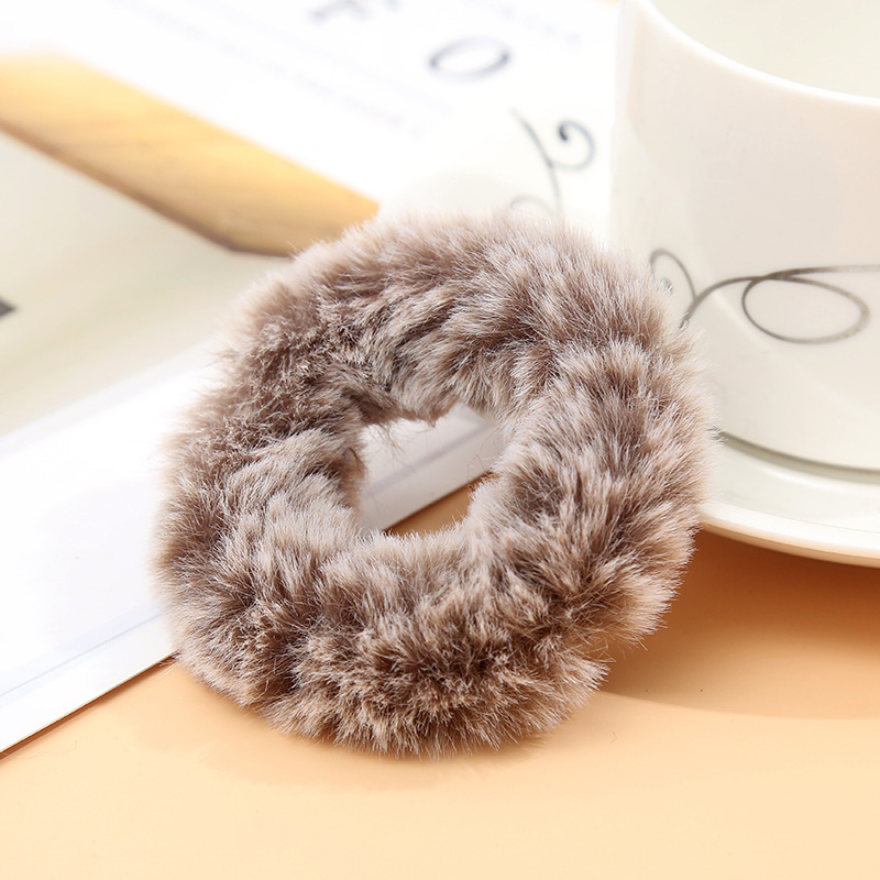 Милые эластичные резинки для волос для девочек, искусственный мех, резиновое эластичное кольцо, веревка, пушистый галстук, аксессуары для волос, меховые резинки, повязка на голову - Цвет: B6