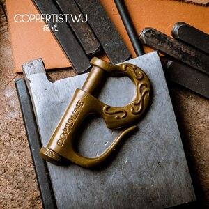 Image 5 - COPPERTIST.WU styl marynarski brązowy brelok prezent dla chłopaka Handmade P kształt wzorzyste modny haczyk ozdobny brelok do kluczyków do samochodu 0615