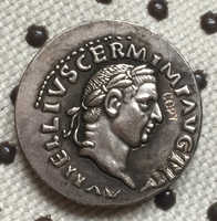 Monedas romanas tipo 28