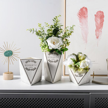 1*PCS Nordic Geometric Bronzing Vase Floral Flower Arrangement Living Room Soft Decorative Artwork Decoration