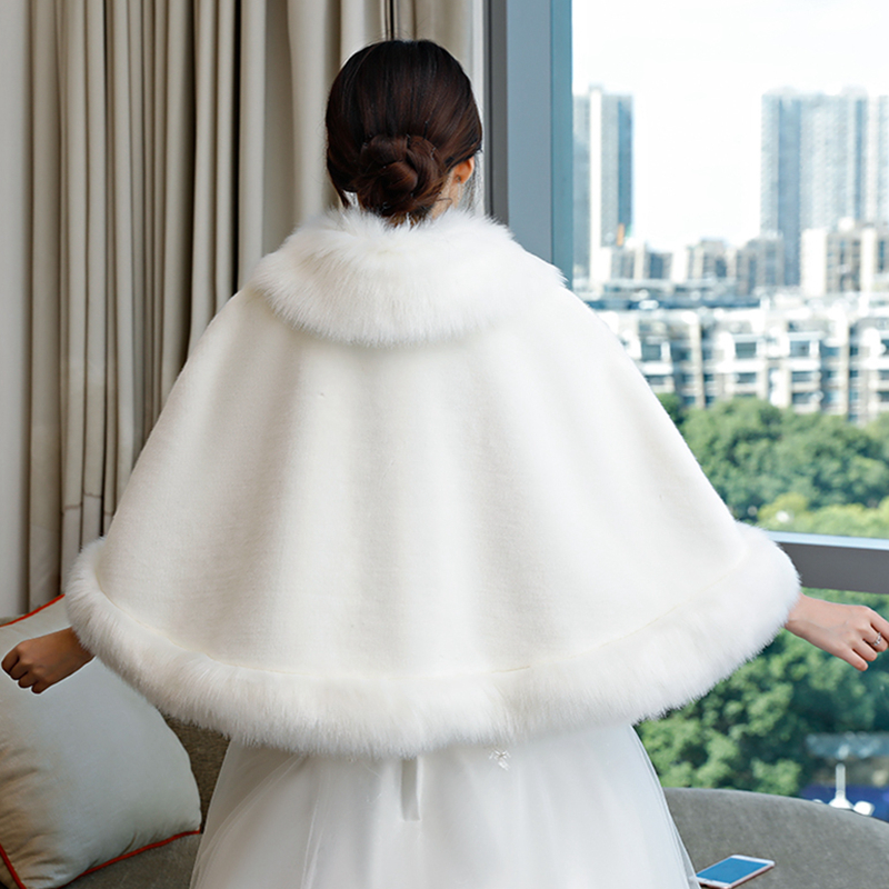 Walk Beside You Faux Fur Coat Ivory Red Women Jacket Wedding Bolero Bridal Cape with Collar Broock Rhinestone Winter Shrug