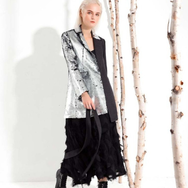 LANMREM 2020 New Fashion Spring Women Clothes Turn down Collar Full Sleeves Contrast Colors Sequins Female Blazer JI99