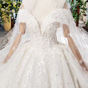 Image 5 - HTL822 מתוקה חתונת שמלות ארוכה רכבת אפליקציות תחרה כלה שמלות כדור שמלה עם צעיף vestidos דה novia 11.11 קידום