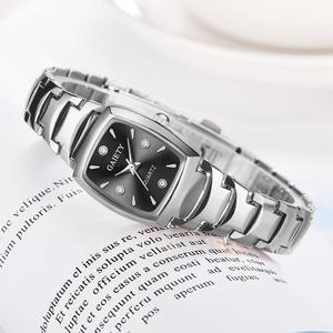 Image 5 - 여자 팔찌 시계 로즈 골드 패션 럭셔리 스테인레스 스틸 손목 시계 라인 석 타원 크리 에이 티브 숙녀 복장 쿼츠 시계