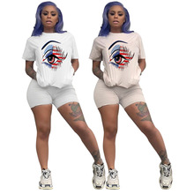 New Two-piece Solid Color Women's Clothing. Short-sleeved Crew Neck T-shirt and Tight-fitting Shorts. Simple Style tracksuit set color block crew neck hem t shirt