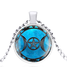 The Green Color Triple Moon Goddess Dome Metal Classic Necklace Retro Men and Women Jewelry Gift