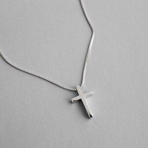 Классическое ожерелье из стерлингового серебра 925 пробы с кулоном в виде креста, женские цепочки на шею без воротника, модные эффектные ожер...
