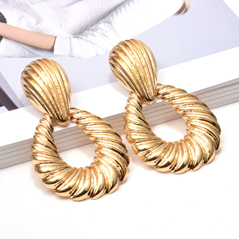 Wholesale Dangle Gold Metal Drop Earrings High-Quality Jewelry Accessories For Women Fashion Trendy Pendientes Bijoux