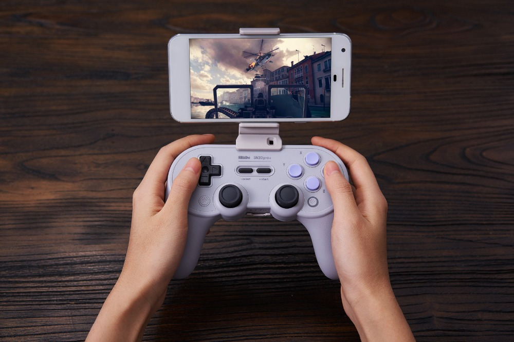 8BitDo Smartphone Clip for SN30 Pro+ Bluetooth Gamepad 13