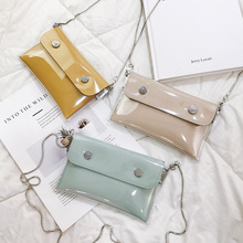 The new transparent womens one-shoulder bag is a hundred fans you straddle the mobile phone change summer jelly waist