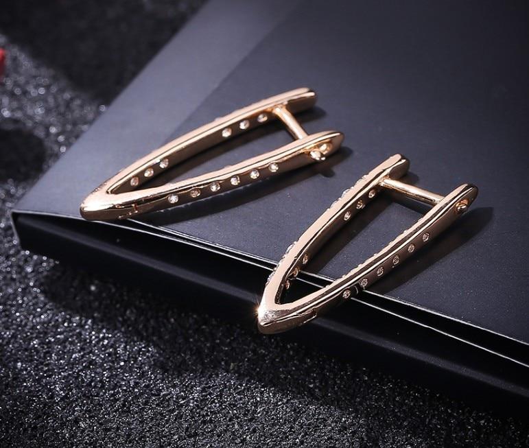 Fashion Unique Design V Shape Geometric Cubic Zirconia Gold Hoop Earrings for Women Ladies Hiphop Earrings New 2020