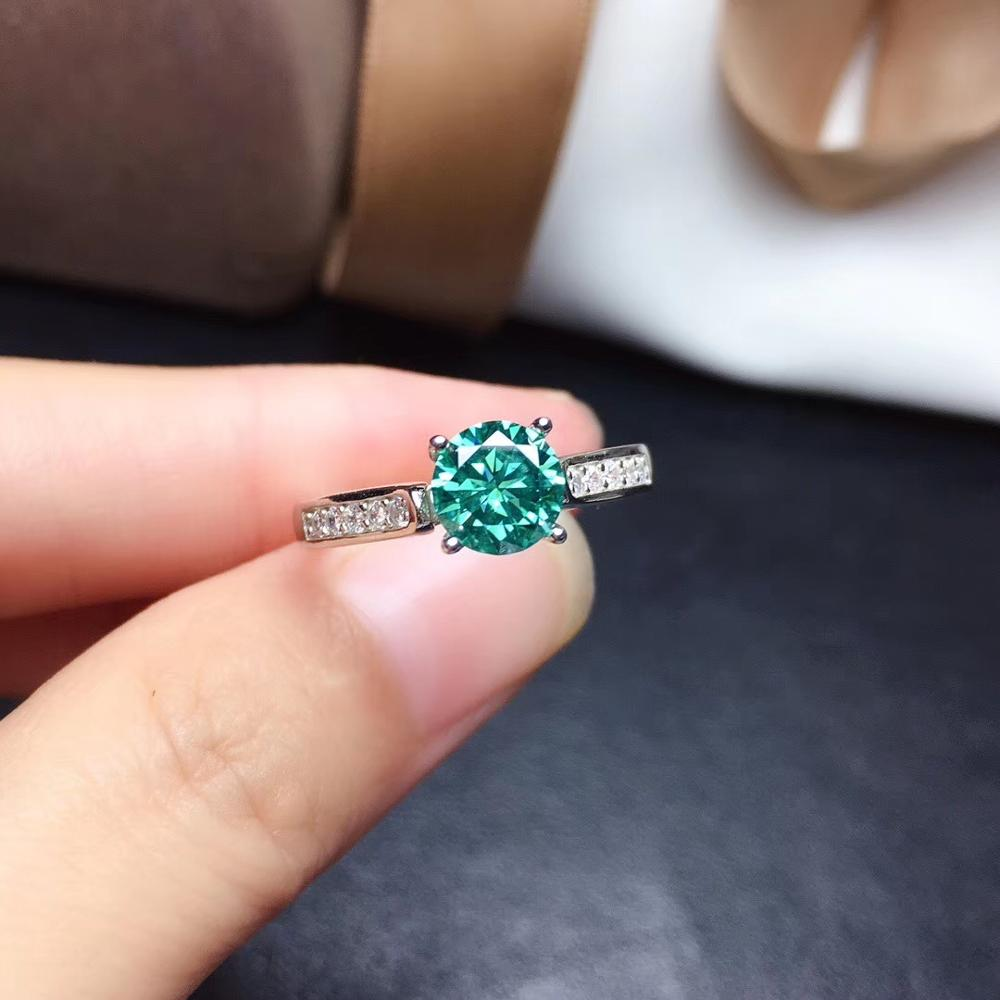 Newest style flashing green moissanite gem ring for women 925 sterling silver shiny better than diamond engagement ring gift