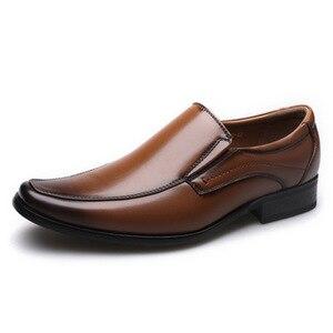 Image 2 - أحذية رجال الأعمال الكلاسيكية موضة أنيقة أحذية الزفاف الرسمية الرجال الانزلاق على مكتب أكسفورد أحذية للرجال LH100006