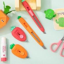 Mini Carrot Strawberry Plastic Utility Knife Express Unpacking Envelope Pocket Paper Cutting Art Knife School Office Stationery