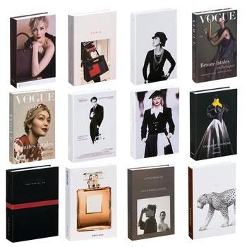 6PC fałszywa książka s dekoracja wnętrz fałszywa książka s modna książka pudełko gabinet dekoracje świąteczne akcesoria kafeteria fałszywa książka model tanie i dobre opinie CN (pochodzenie) Decorative book China