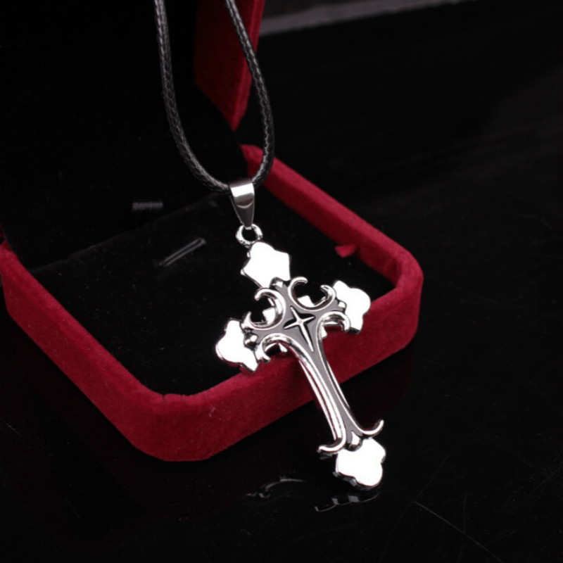 2019 New True Leather Rope Short Collarbone Necklace Cross Pendant Necklace Christian Jesus Women Men Fashion Simple Jewelry