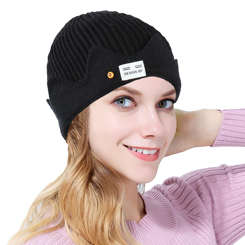 2021 Women's cap Autumn and winter woolen hat lady melon skin hat new American college style crown knitted hat lady