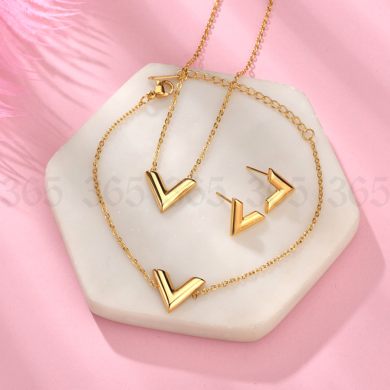 Simple Stainless Steel Letter V Necklace Women Girl Gold Steel Rose Gold Alphabet Pendant Necklace Party Gife Chain Necklaces Aliexpress