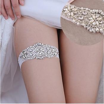 цена TOPQUEEN Bridal Garter Belt Garter Belt Rhinestone Applique Bowknot Leg Loop Fashion Soft Sexy Lace Garter Belt for Women THS94 онлайн в 2017 году