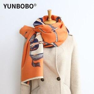 Роскошный брендовый зимний двусторонний шарф для женщин, кашемировый теплый пашмины платки, дамские Роскошные конские шарфы, толстые мягки...