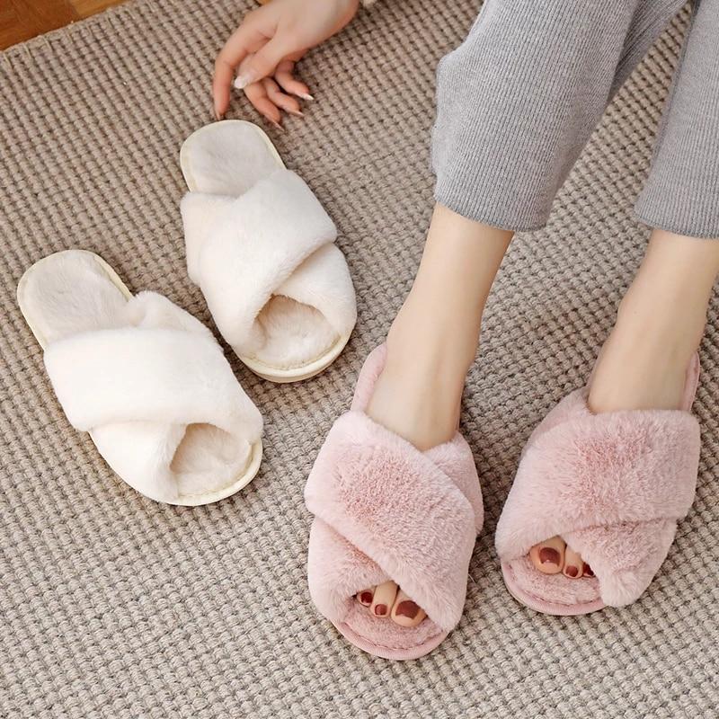Pantofole da casa da donna in pelliccia sintetica verde inverno scarpe basse calde da donna Slip on pantofole da donna pelose da casa taglia 36-43 all'ingrosso 1