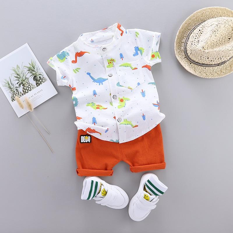 Милый Летний комплект для маленьких мальчиков; Новинка 2020 года; Футболка с короткими рукавами и принтом динозавра + штаны; Одежда для маленьких мальчиков