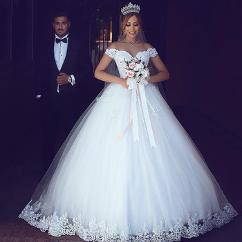 Eightree Lace Appliques Ball Gown Wedding Dresses 2020 Off the Shoulder Short Sleeves Bridal Dresses Lace Up Wedding Gowns ball gown wedding dresses 2020 sexy backless vintage long sleeves lace appliques flower dubai formal bridal wedding gowns