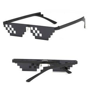 Image 4 - TTLIFE מצחיק משקפיים גברים Thug Life משקפי שמש פסיפס גברי 8 ביטים סגנון פיקסל מגוחך אבזר שחור מצולעים Oculos