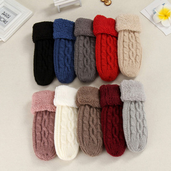 Women Fashion Knit Twist Flowers Mittens Winter Female Wool Plus Cashmere Velvet Thickening Warm Full Finger Gloves sparsil women winter velvet touch screen gloves warm fleece full finger cashmere mittens windproof elegant glove female girl