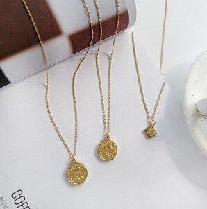 2020 Fashion Chic Gold Farbe Metall Kopf Porträt Anhänger Halsketten für Frauen Charms Legierung Runde Platz Choker Halskette Schmuck