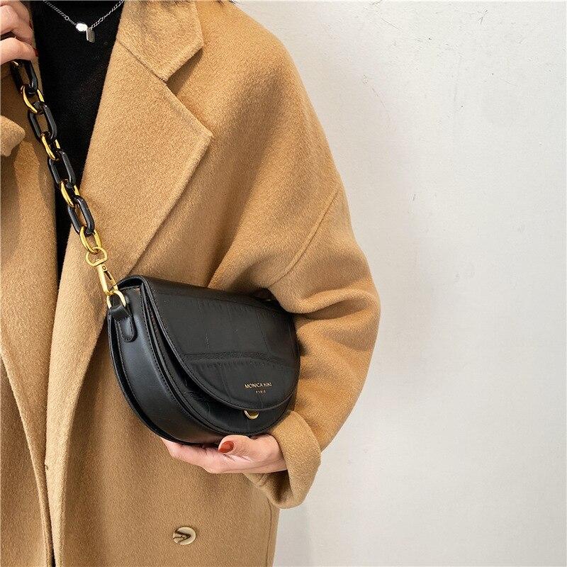 Export niche design messenger bag women 2021 new fashion net red retro saddle bag versatile Simple Shoulder Bag