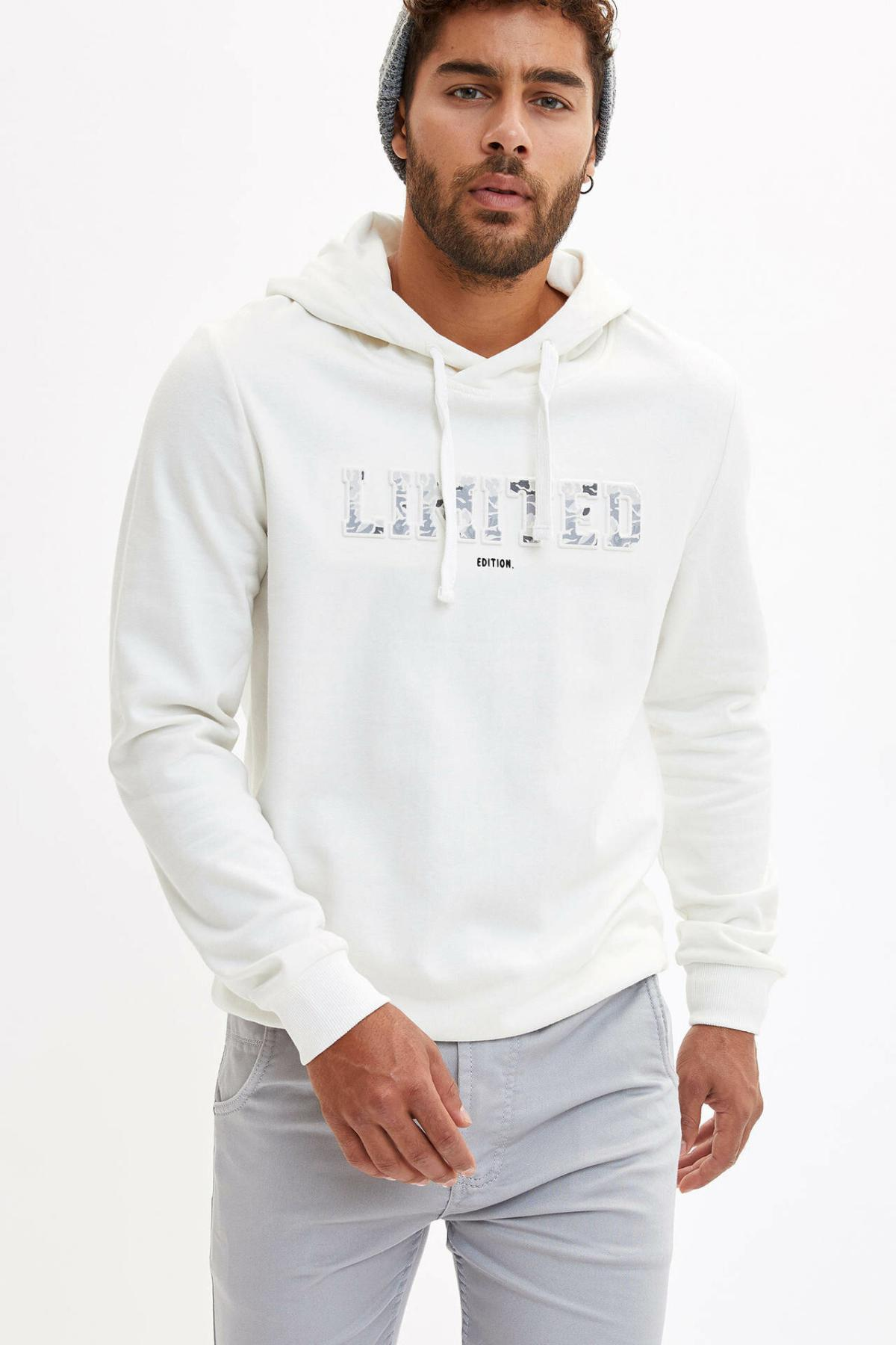 DeFacto Men Pure Color Fashion Letter Pattern Hoodies Casual Cotton Leisure Men Simple Hoodies New -L4520AZ19WN