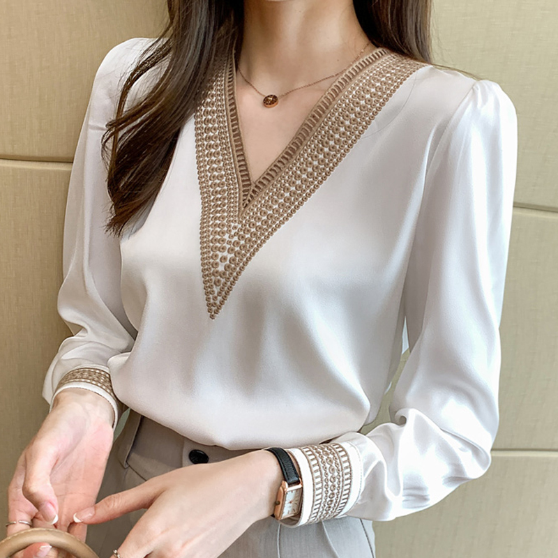 1065.0¥ 48% OFF|Summer Embroidery V Neck Chiffon Blouse Shirt Women Long Sleeve Loose White Women B...