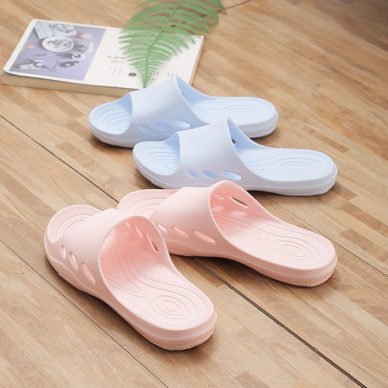 Hight Quality EVA Anti-slip Hollow Soft Bottom Bathroom Home Slippers Women Leaky Slides Mens Shoes House Slippers Couple Shoes