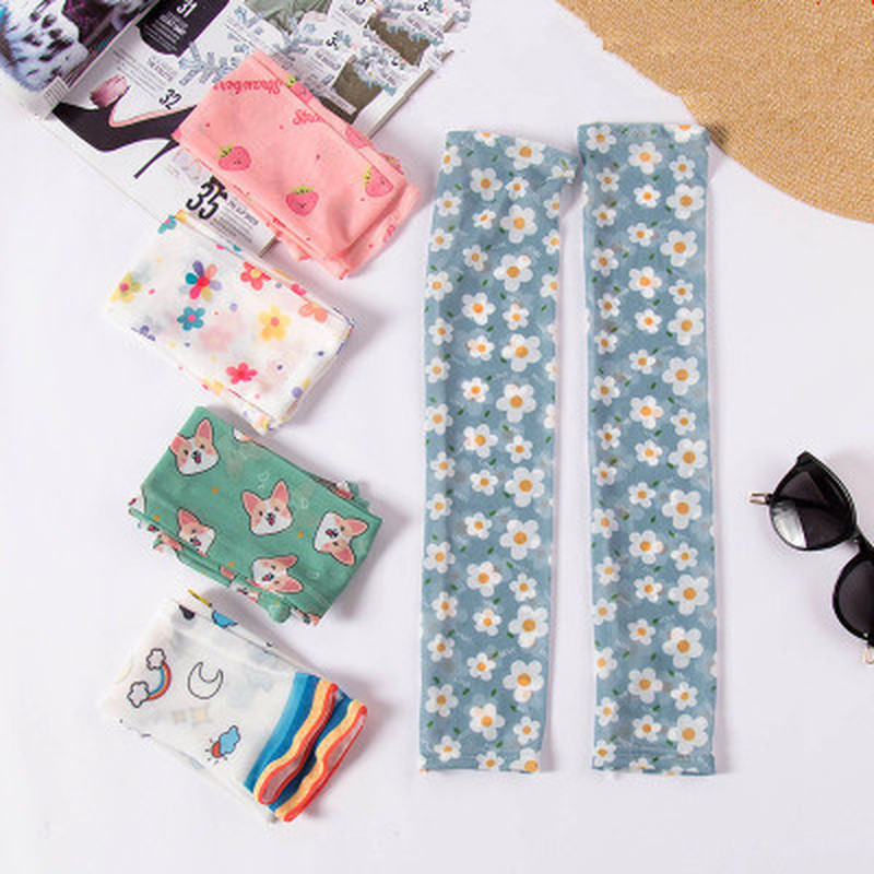 1Pair Cute Printed Sleeve Cuffs Ins Cartoon Sunscreen Arm Sleeves Armguard Summer Driving Arm Warmers Cycling Fashion Design