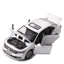 1/32 Scale Simulation Volkswagen Passat Classic Car Alloy Die Casting Model Sound and Light Pull Back Toy Car Childrens Toys