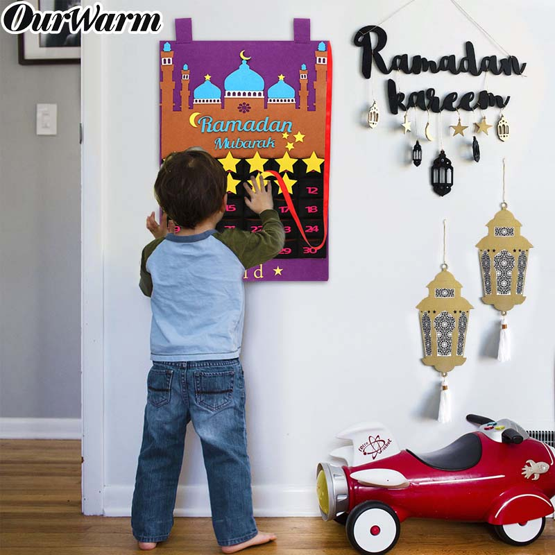 >2020 Newest Eid Mubarak 30days Advent Calendar Hanging Felt Countdown Calendar for Kids <font><b>Gifts</b></font> Ramadan Party <font><b>Decorations</b></font> Supplies