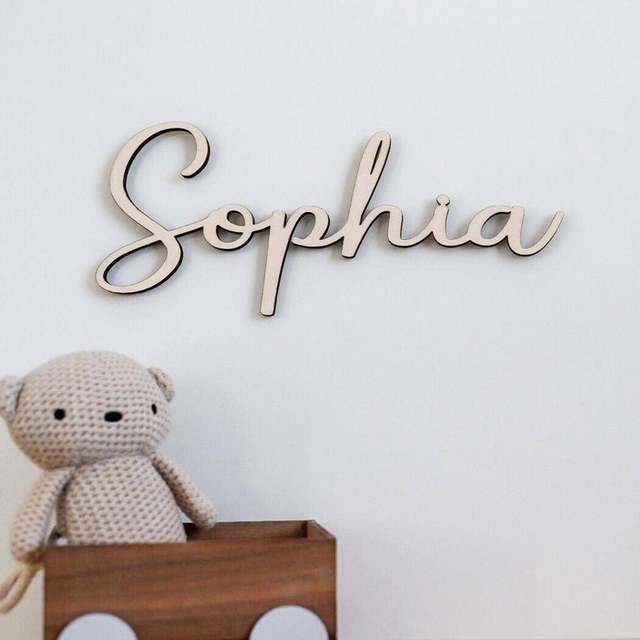 Dostosowane dzieci nazwa dekoracje ścienne drewniane znaki wiszące ściany drewniane litery nazwa własna litery do dekoracji domu prezent imię dziecka Sig tanie i dobre opinie