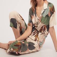 Piżamy damskie z krótkimi rękawami przycięte spodnie piżamy zestaw z liśćmi drukowanie klapy dorywczo duże rozmiary luźne ubrania domowe w stylu