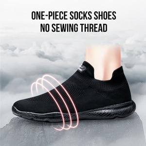 Image 3 - Onemix sapatos masculinos tênis esportivos 2019 nova meia sapatos malha respirável sapatos de caminhada formadores luz deslizamento sobre zapatillas hombre