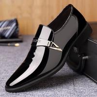 Business Kleid Schuhe männer Frühling Und Sommer Patent Leder Atmungsaktiv Britischen Schuhe Casual Weiche Sohle Jugend männer Schuhe