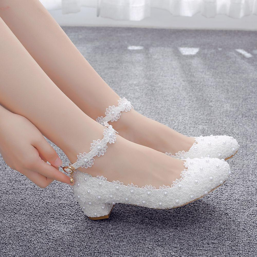 Crystal Queen Women's 3CM High Heels White Lace Wedding Shoes Sexy Bride Party 3CM Pointed Toe Shallow Mouth Pumps Shoes