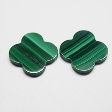 10*10mm 50 Piece/a lot Four-leaf clover Green malachite stone for pendant
