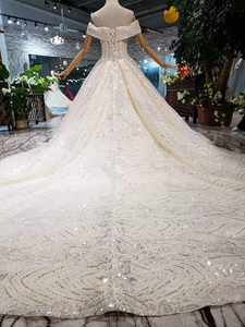 Image 2 - BGW HT43026 2020 חדש חומר חתונת שמלות עם ארוך רכבת כבוי כתף מתוקה יוקרה שמלת כלה עם מבריק פאייטים