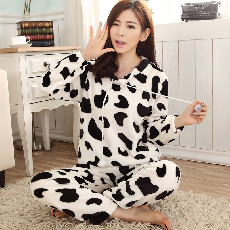 Pajamas Women's Autumn & Winter Black And White Cow Long Sleeve Pullover Coral Velvet Flannel Thick Warm Homewear Set
